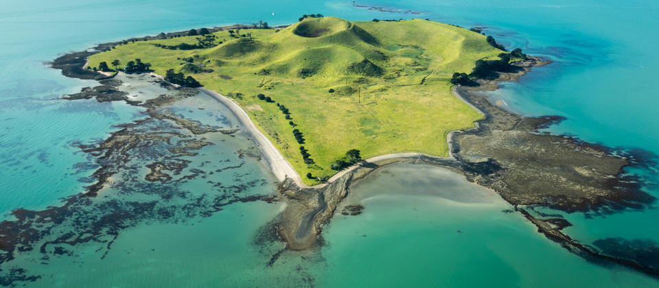 Auckland Scenic Flight - Browns Island
