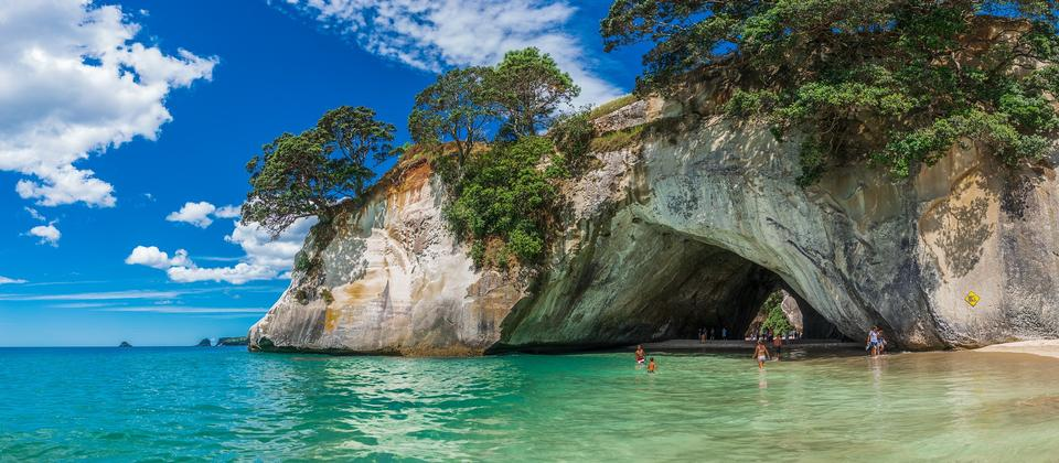 Cathedral Cove3.jpg