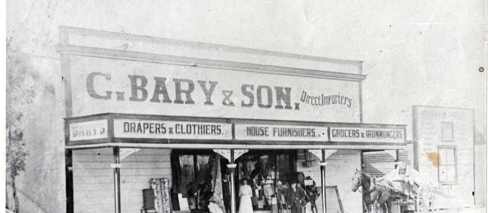 Bary's Store circa 1900 (now Roadhouse cafe)
