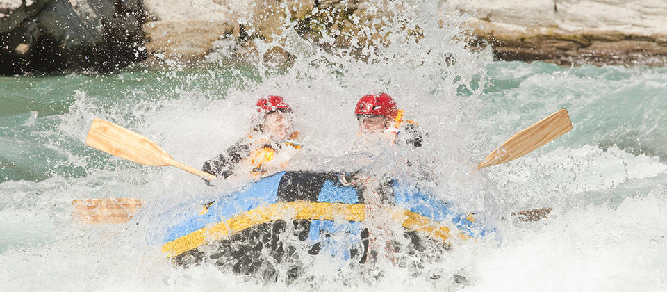 Queenstown Rafting 4 - Kawarau River.jpg