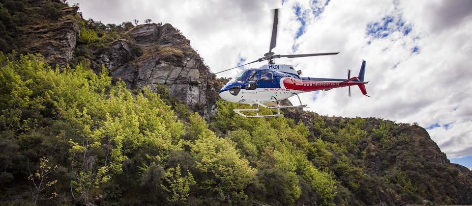 The Helicopter takes you through the narrow Skippers Canyon to the start of the Shotover River Rafting trip.