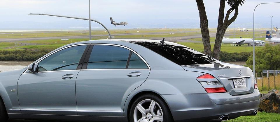 Luxurious S600 Available For Airport Transfers & Private Chauffeur Hire.