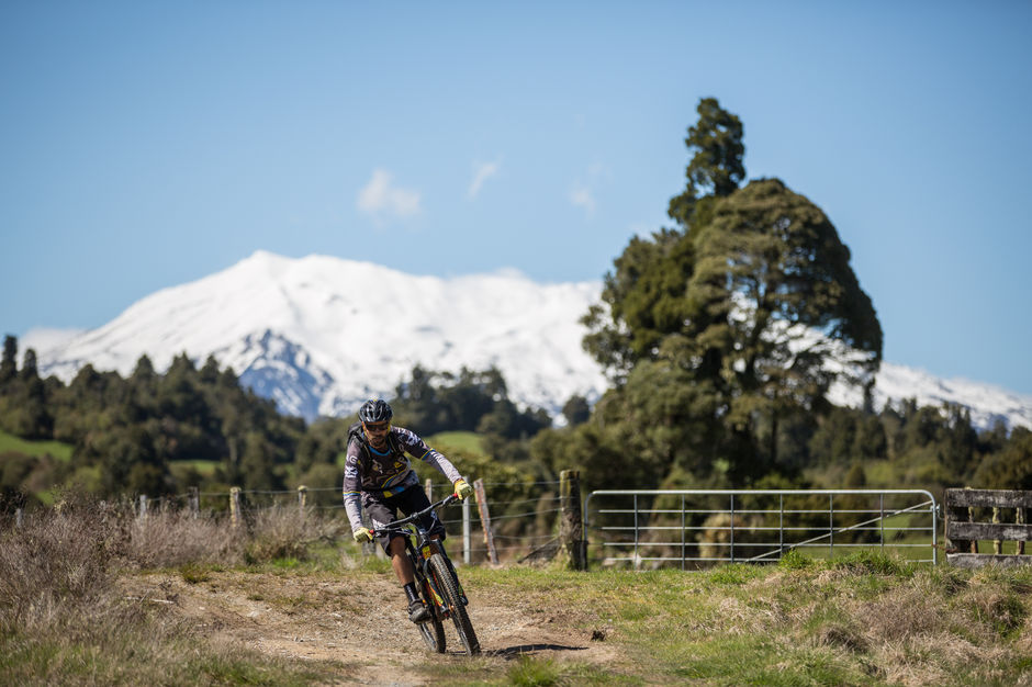Check out the volcano views on the 42 Traverse mountain biking track