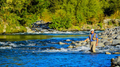 Fly fishing on the Tongariro River
