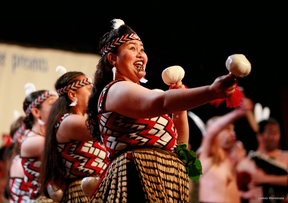 The Maori poi dance features the skilful control of a ball swung on a string.
