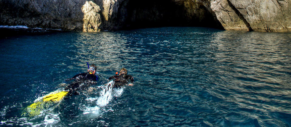 Snorkeling Oura Sea Cave