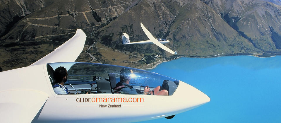 Gliding above Omarama is the perfect way to take in views
