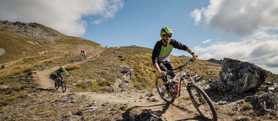 New Zealand's highest bike park has a variety of terrain on offer; from wide open scenic beginner trails to world cup level expert downhill tracks.