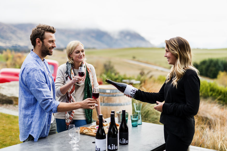 Winetasting in Wanaka