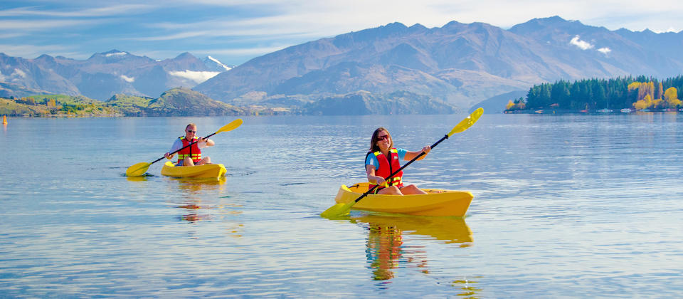 Kayaking on Lake Wanaka