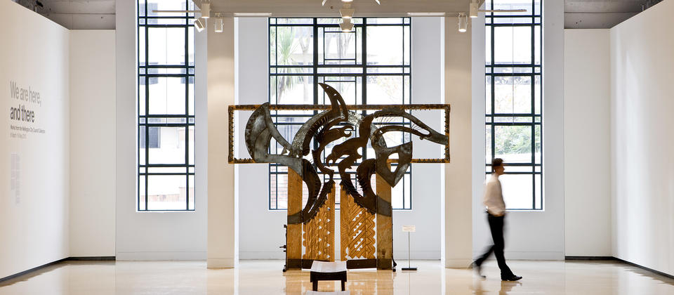 Located in the heart of the Civic Sqaure, City Gallery hosts world-class exhibitions - a must visit for every art lover.