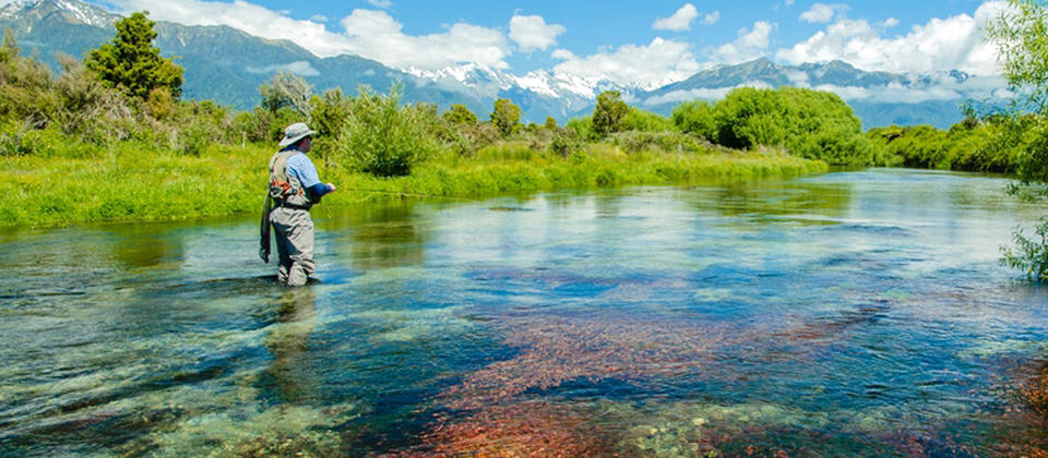 With easy access to clear waters in sparsely populated natural landscapes, the West Coast region a fly fishing wonderland. Brown trout, rainbow trout and salmon live here in good numbers and local fishing guides can show you to the best spots.