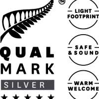 Stacked Qualmark 5 Star Silver Sustainable Tourism Business Award Logo v2