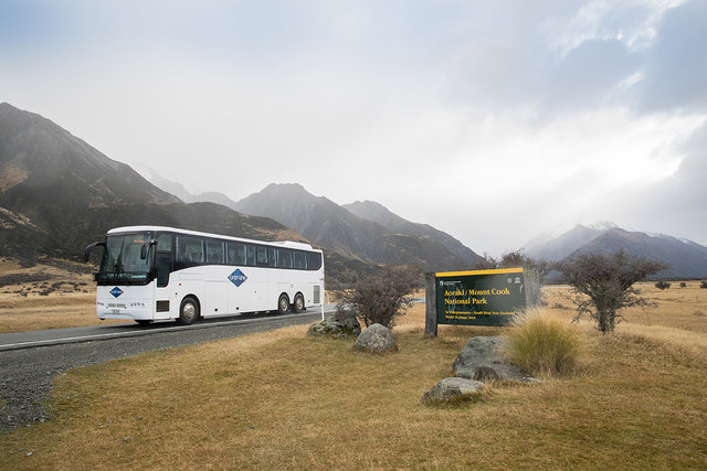 Coach Bus Travel Travel By Bus In New Zealand Tourism