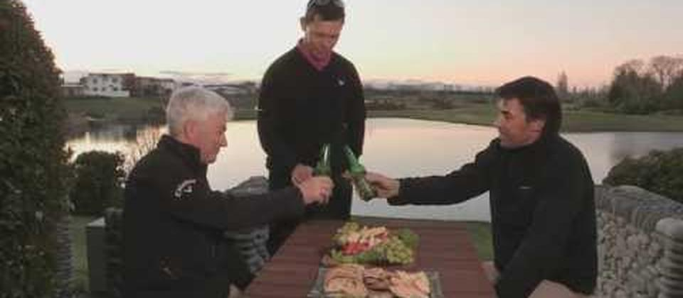 Cricket legend Stephen Fleming and PGA Tour winner Phil Tataurangi join Mark Leishman at Christchurch's Clearwater Golf Club. The boys wrap up their road trip by playing the shortened 30:30 course where they can leave their drivers in the boot.