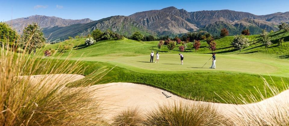 Queenstown - A Golfers' Paradise