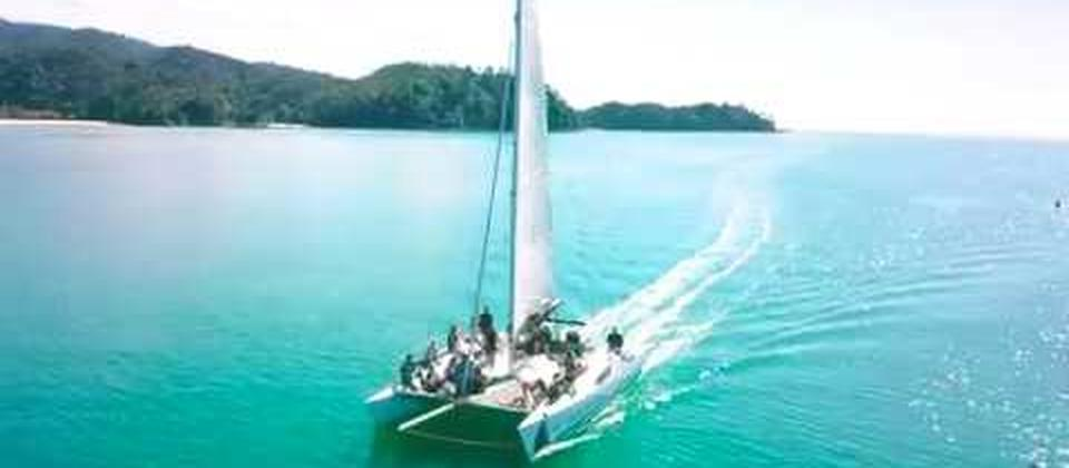 Join our family owned and operated Sailing tours and experience the Abel Tasman National Park the Peaceful, Quiet, Relaxing way!