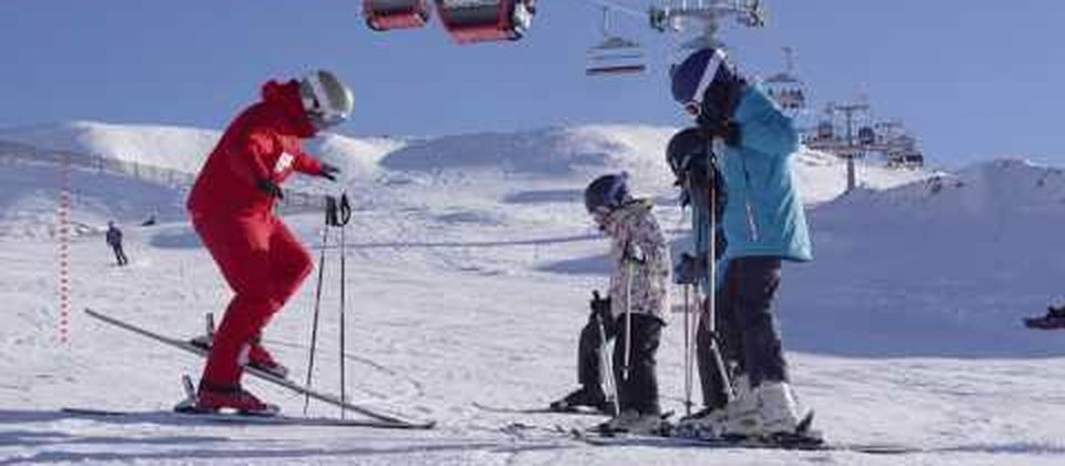 The 2018 winter ski season is not far away and the excitement is building in Wanaka, NZ as snow falls on the mountain tops. Book your holiday home at www.releasenz.com