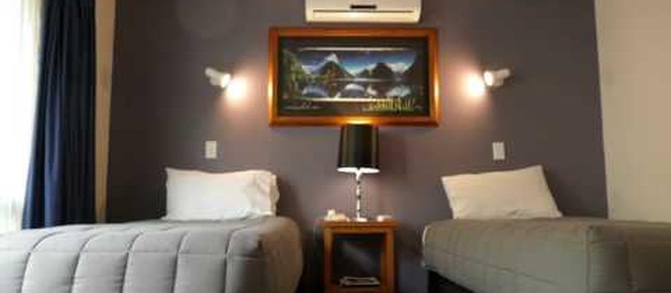 One Bedroom Family Apartment (Comfort Inn Riccarton Christchurch)