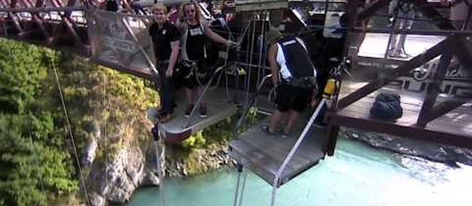 Kawarau Bridge Bungy, Queenstown New Zealand