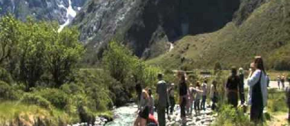 Milford Sound - Kiwi Discovery Coach-Cruise-Coach Ex Queenstown New Zealand (NZ)