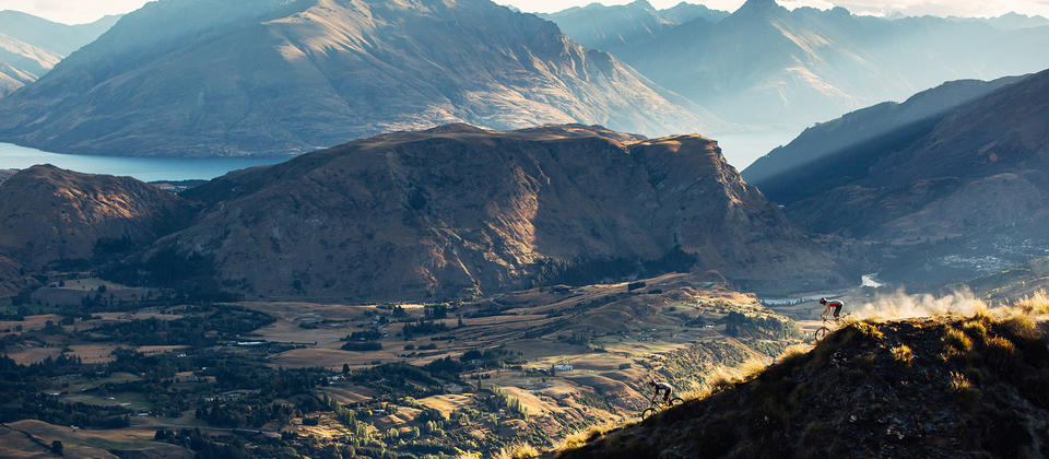 From tangled sheep paths to purpose-built trails through sharp mountain peaks,  NZ's topography makes for an awe-inspiring mountain bike playground.