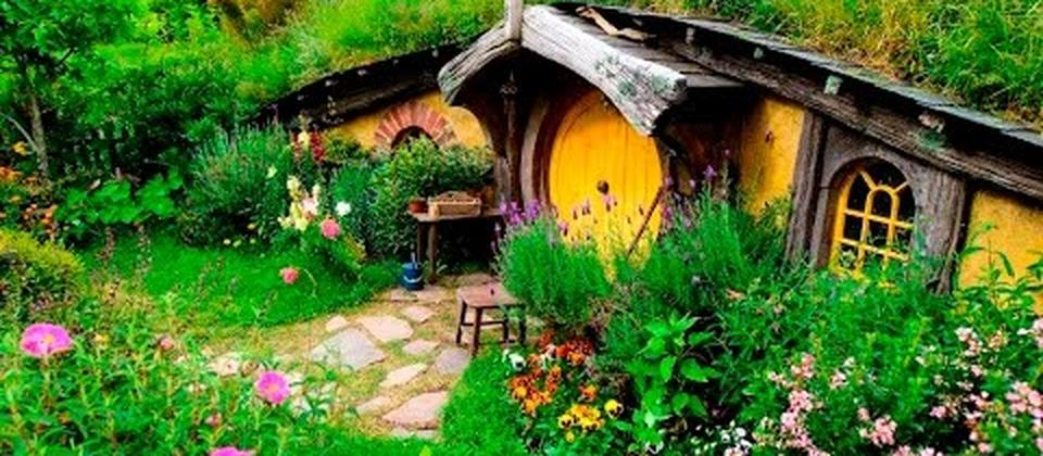 Private Luxury Tour to Hobbiton Movie Set and/or Waitomo Caves - TIME Unlimited Tours